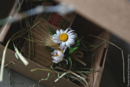 Цветы ручной работы. Ярмарка Мастеров - ручная работа. Купить Бутоньерка РОМАШКИ со злаками. Handmade. Белый, цветы из шелка