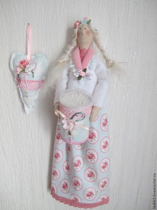 Куклы Тильды ручной работы. Ярмарка Мастеров - ручная работа. Купить Хранительница ватных дисков и палочек в стиле Шебби. Handmade.