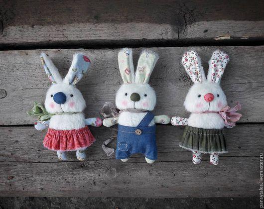 Игрушки животные, ручной работы. Ярмарка Мастеров - ручная работа. Купить Кролики. Handmade. Белый, зайчик, сувенир, три медведя