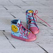 Куклы и игрушки ручной работы. Ярмарка Мастеров - ручная работа Разноцветные кеды для куклы. Handmade.