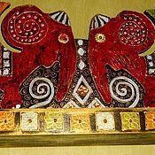 """Для дома и интерьера ручной работы. Ярмарка Мастеров - ручная работа Полка """"Красные слоны """".. Handmade."""