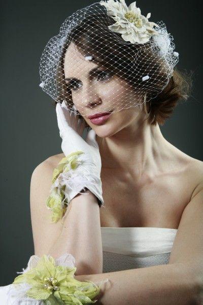 Свадебные украшения ручной работы. Ярмарка Мастеров - ручная работа. Купить Свадебная вуалетка. Handmade. Брошь цветок, салатовый