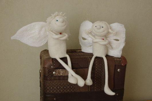"""Сказочные персонажи ручной работы. Ярмарка Мастеров - ручная работа. Купить Ангелы, мальчик и девочка """"Сердечные"""" из шерсти. Handmade."""
