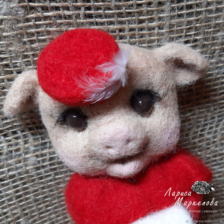Год свиньи. Валяный магнитик свинка Lady in Red, Мягкие игрушки, Коломна,  Фото №1