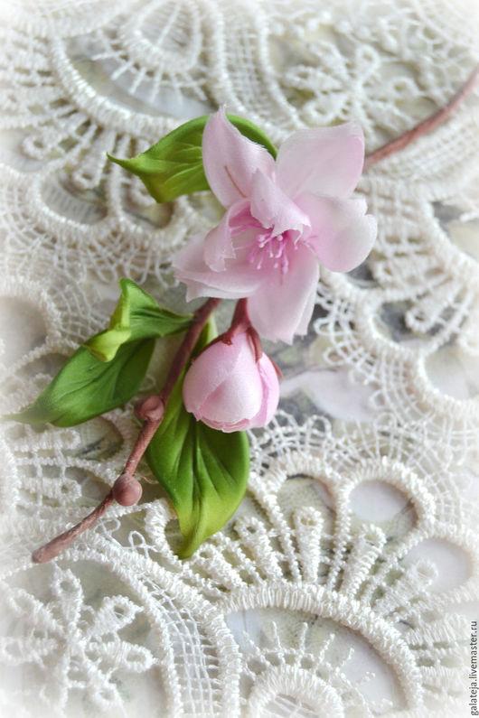 Броши ручной работы. Ярмарка Мастеров - ручная работа. Купить Цветы из шелка Брошь Весны цветение. Handmade. Бледно-розовый