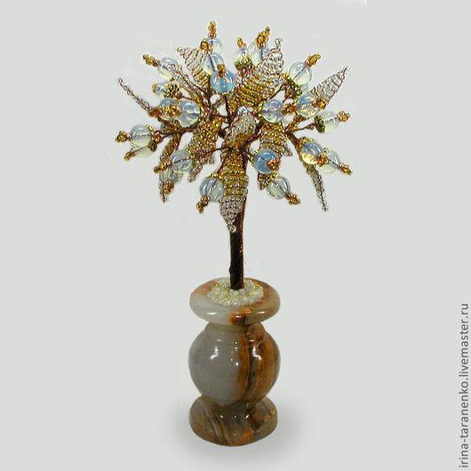 Дерево любви из лунного камня в вазочке из оникса