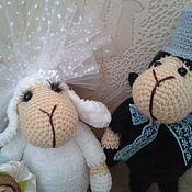 """Куклы и игрушки ручной работы. Ярмарка Мастеров - ручная работа вязаные игрушки овечки,, сладкая парочка"""". Handmade."""