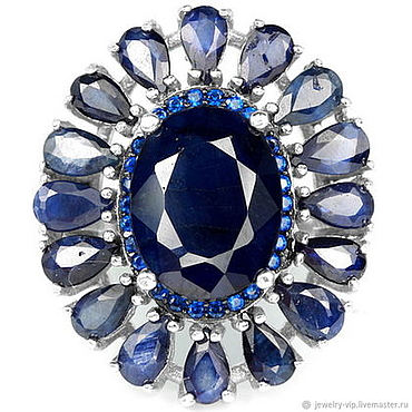 Украшения ручной работы. Ярмарка Мастеров - ручная работа Элегантное кольцо с крупными бархатно-синими сапфирами. Handmade.