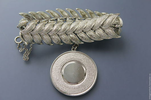 Винтажные украшения. Ярмарка Мастеров - ручная работа. Купить 1950-60гг Coro винтажный браслет с шармом. Handmade. Винтаж