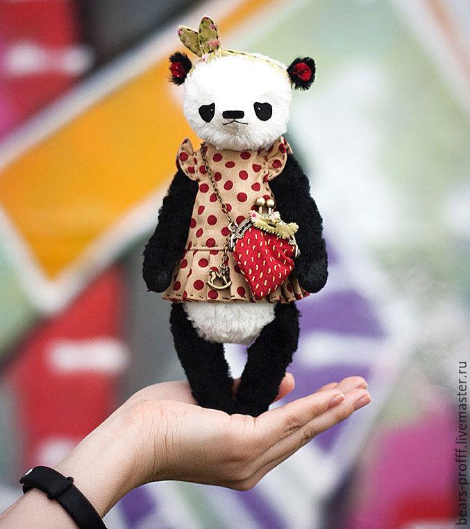 Мишки Тедди ручной работы. Ярмарка Мастеров - ручная работа. Купить Крошка Клубникина. Handmade. Панда, мишка тедди, опилки