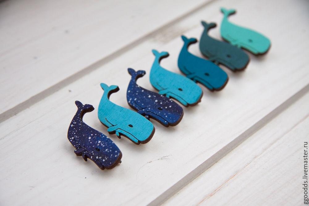 Купить Брошка деревянная значок кит кашалот - кит, киты, кашалот, брошка ручной работы