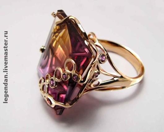 Золотое кольцо с аметрином. Украшение авторской работы.
