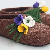 """Обувь ручной работы. Ярмарка Мастеров - ручная работа Тапочки """"Крокусы"""".. Handmade."""