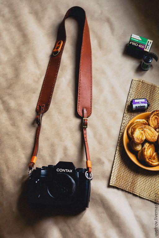 Пояса, ремни ручной работы. Ярмарка Мастеров - ручная работа. Купить ремешок коричневый для фотоаппарата. Handmade. Коричневый, фотоаксессуары