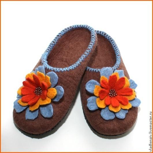 """Обувь ручной работы. Ярмарка Мастеров - ручная работа. Купить Тапочки """"Разноцветие1"""". Handmade. Домашние тапочки, разноцветный"""