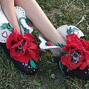 Обувь ручной работы handmade. Livemaster - original item Slippers home felted Poppies. Handmade.
