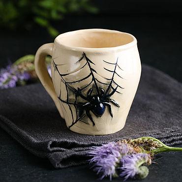 Посуда ручной работы. Ярмарка Мастеров - ручная работа Кружки: Ползучий товарищ. Handmade.