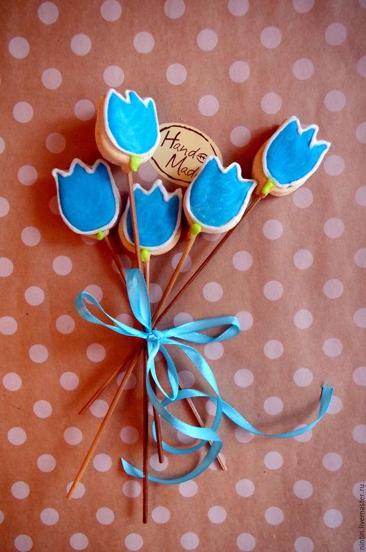 Кулинарные сувениры ручной работы. Ярмарка Мастеров - ручная работа. Купить Тюльпан, пряник на палочке. Handmade. Синий, пряники москва