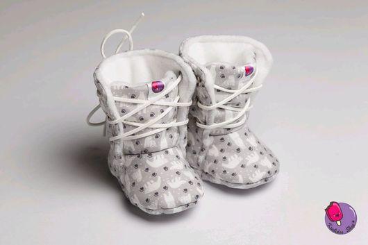 Детская обувь ручной работы. Ярмарка Мастеров - ручная работа. Купить утеплённые ботинки на шнуровке. Handmade. Моксы