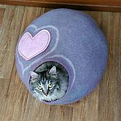 Зоотовары handmade. Livemaster - original item Large house for a cat/cat or small dog. Handmade.