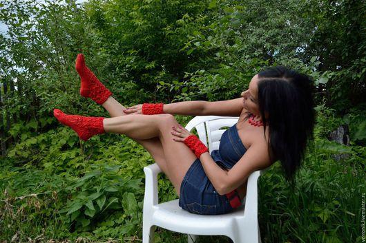 Аксессуары. Носки, чулки. Носки. Митенки.Носки и митенки вязаные  `Красное яблоко` купить. Ярмарка мастеров- ручная работа.   Handmade. Носки. Митенки. Красный.