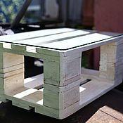 Столы ручной работы. Ярмарка Мастеров - ручная работа Кофейный столик из паллет на колесиках.. Handmade.