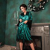 """Одежда ручной работы. Ярмарка Мастеров - ручная работа Изумрудное кимоно с черным кружевом из комплекта """"Изумрудный шик"""". Handmade."""