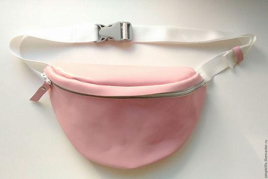 Женские сумки ручной работы. Ярмарка Мастеров - ручная работа. Купить Поясная сумка из натуральной кожи. Handmade. Бледно-розовый