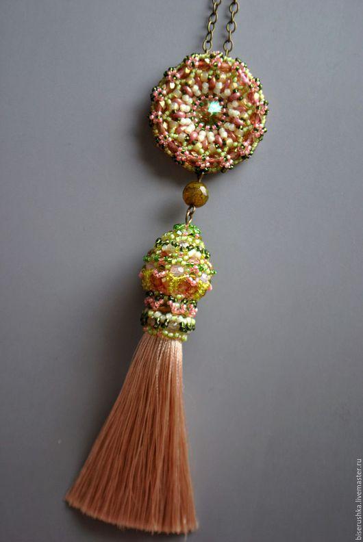 Кулоны, подвески ручной работы. Ярмарка Мастеров - ручная работа. Купить Яблоневый цвет. Handmade. Комбинированный, шелковая кисточка