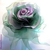 """Подарки к праздникам ручной работы. Ярмарка Мастеров - ручная работа брошь роза из ткани """"Изумрудная"""". Handmade."""
