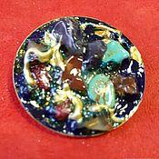 Брошь-булавка ручной работы. Ярмарка Мастеров - ручная работа Маленькая круглая брошка Синий вечер. Handmade.