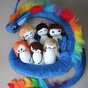 Куклы и игрушки ручной работы. Ярмарка Мастеров - ручная работа Дракон с человечками игрушка. Handmade.