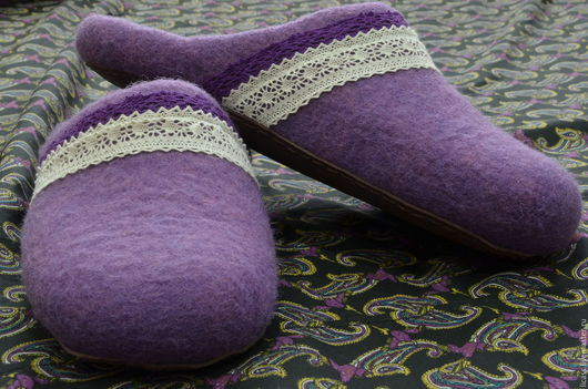 """Обувь ручной работы. Ярмарка Мастеров - ручная работа. Купить Тапочки """"Лавандовый прованс"""". Handmade. Сиреневый, домашние тапочки"""