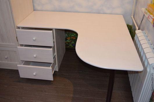 Мебель ручной работы. Ярмарка Мастеров - ручная работа. Купить Стол письменный детский. Handmade. Белый, стол письменный