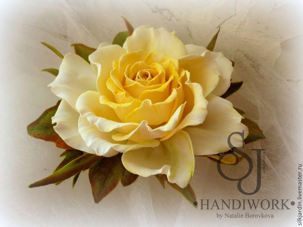 Роза из фоамирана брошь
