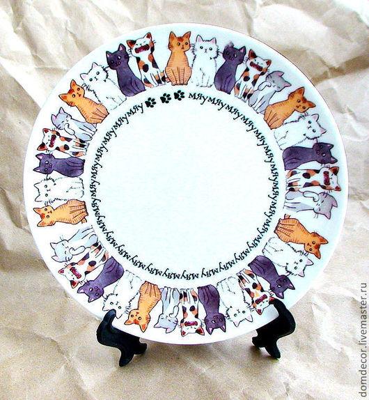 """Тарелки ручной работы. Ярмарка Мастеров - ручная работа. Купить Тарелка """"Кошки"""". Handmade. Кошки, мяу, подарок, Новый Год"""