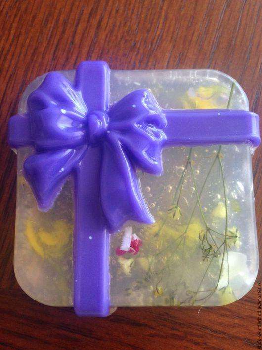 Очень красивое мыло, подходит на подарочек! Упаковка в подарок!