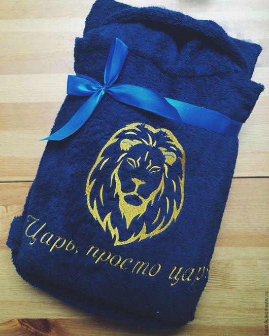 Халаты ручной работы. Ярмарка Мастеров - ручная работа. Купить Именной халат со львом  с вышивкой. Handmade. Рисунок, халат