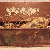 Подарки к праздникам ручной работы. Ярмарка Мастеров - ручная работа Винный короб с вином. Handmade.