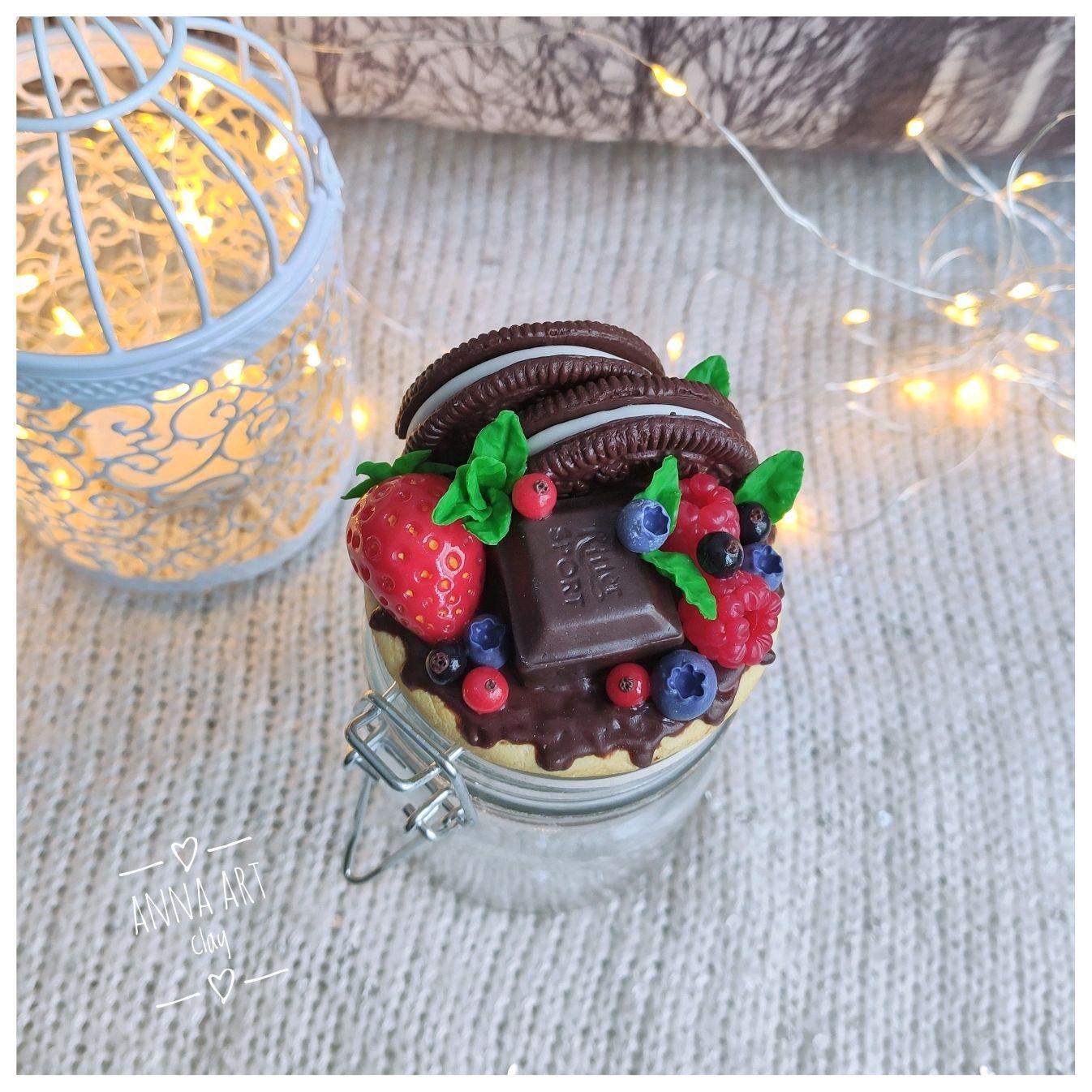Вкусная баночка с шоколадно-ягодным декором из полимерной глины, Банки, Волгоград,  Фото №1