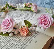 Свадебный салон ручной работы. Ярмарка Мастеров - ручная работа Венок с розами , Бутоньерка с розами, гортензией, снежноягодником. Handmade.