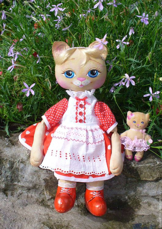 """Игрушки животные, ручной работы. Ярмарка Мастеров - ручная работа. Купить """"Кошка - матрёшка"""". Handmade. Ярко-красный, ярко красный"""
