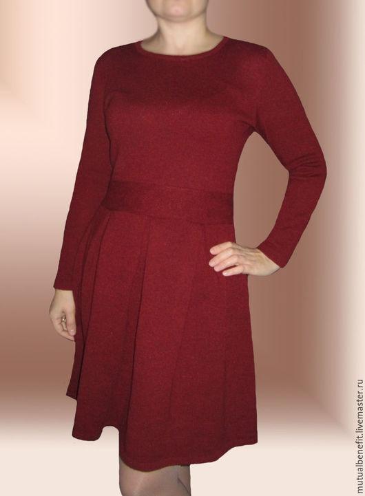 Платья ручной работы. Ярмарка Мастеров - ручная работа. Купить Платье вязаное со складками. Handmade. Однотонный, оригинальное