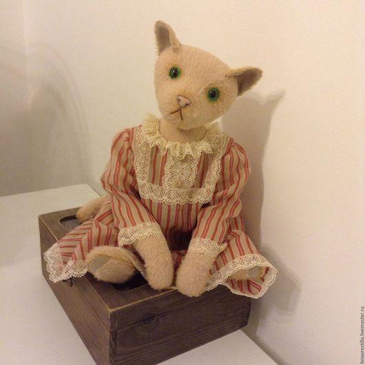 Мишки Тедди ручной работы. Ярмарка Мастеров - ручная работа. Купить Тедди кошка Джулия. Handmade. Бежевый, кошка тедди