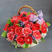 """Цветы и флористика ручной работы. Ярмарка Мастеров - ручная работа Букет из конфет корзина роз  """"Ароматный"""". Handmade."""