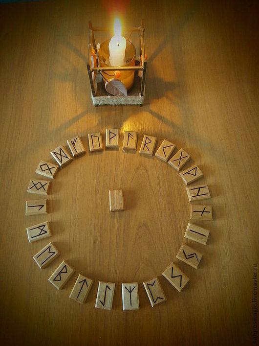 Гадания ручной работы. Ярмарка Мастеров - ручная работа. Купить Руны из дерева выжженные вручную (2х3 см). Handmade. Руны