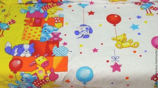 """Текстиль, ковры ручной работы. Ярмарка Мастеров - ручная работа. Купить Комплект деткого постельного белья в кроватку """"Игрушки"""". Handmade."""