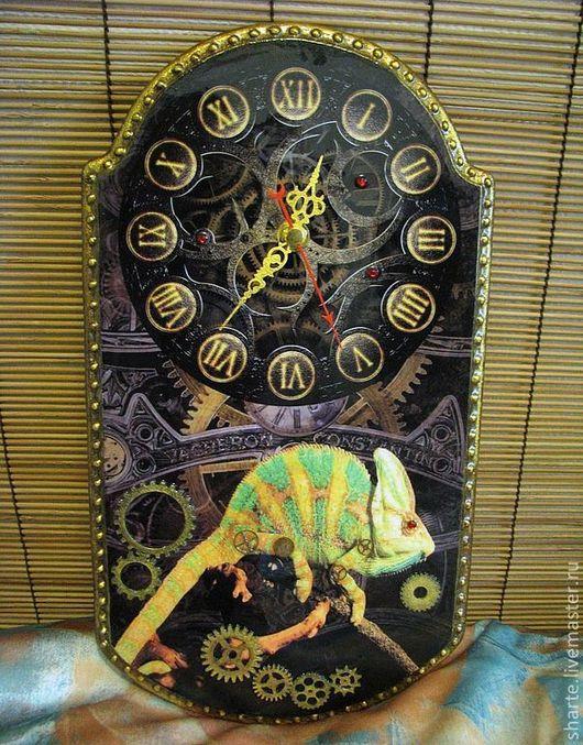 Часы для дома ручной работы. Ярмарка Мастеров - ручная работа. Купить Часы настенные Стимпанк-хамелеон. Handmade. Коричневый, рептилия
