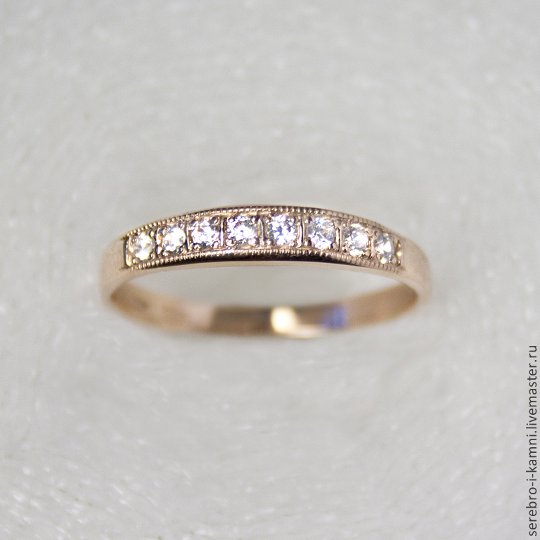 кольца золотые с фианитами фото