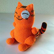 Куклы и игрушки ручной работы. Ярмарка Мастеров - ручная работа стикер кот Персик - стесняшка вязаный. Handmade.